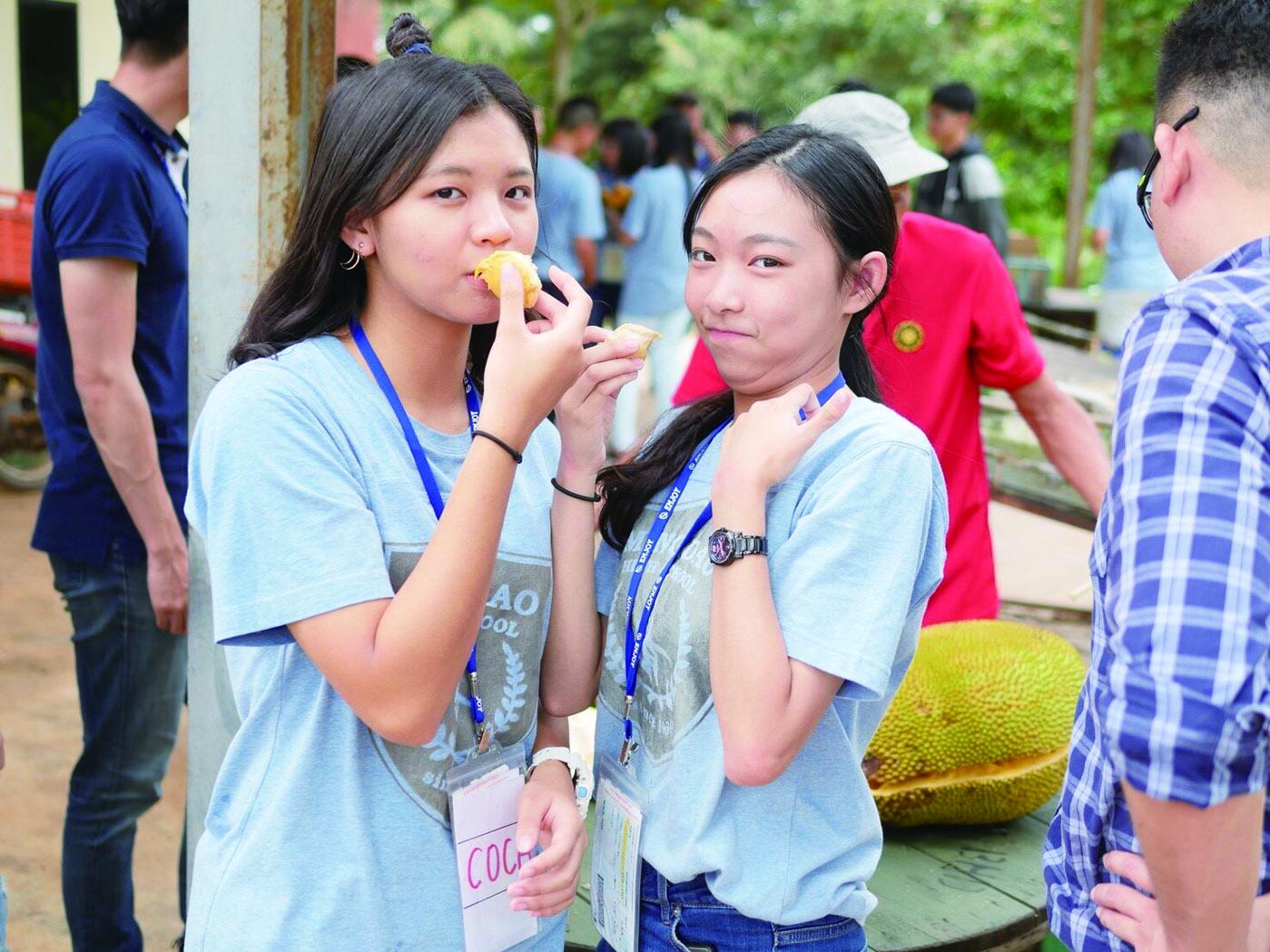 馬來西亞生態環境與多元文化及服務體驗 | 榴槤樹下的青春