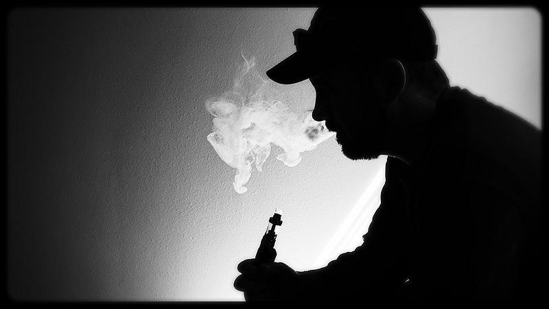 致命毒菸害死青少年?美國「調味電子煙」的限令爭議